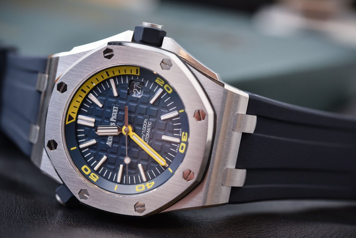 The Fantastic Summer Luxury Watch?  The Audemars Piguet Royal Oak Offshore Diver Funky Colors Top Replica Watch Reviewed