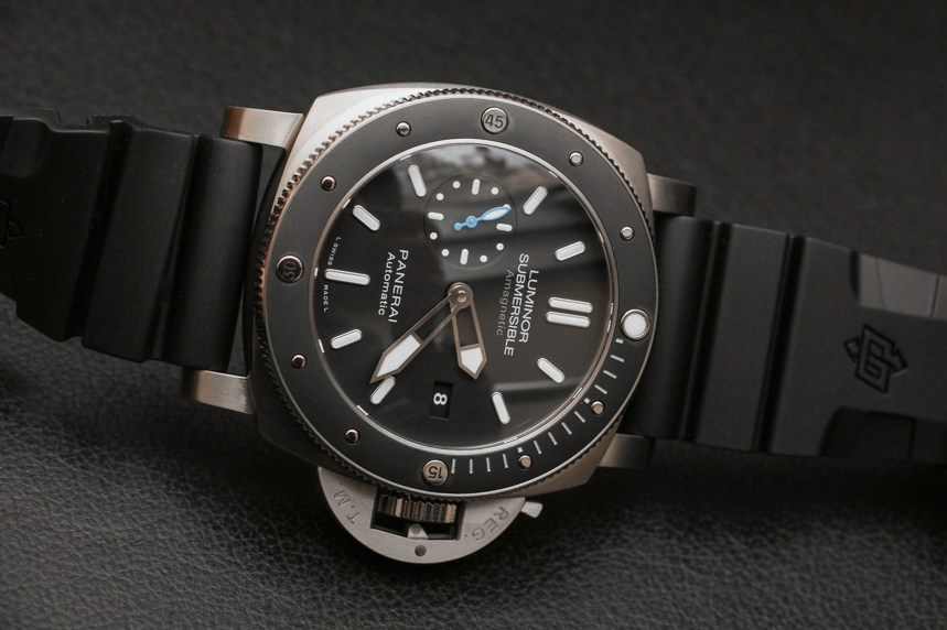 Panerai Luminor Submersible 1950 Amagnetic 3 Days Automatic Titanio PAM01389 High Quality Replica Watches Hands-On